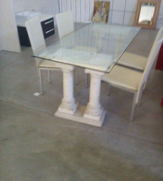 Tavolo vetro 4 sedie pelle bianca